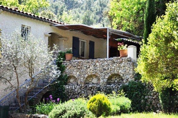 Maison-Villa - SIGNES